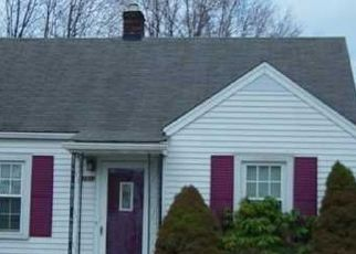 Pre Foreclosure in Louisville 40215 BERRY BLVD - Property ID: 1348921530