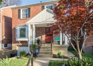 Pre Foreclosure in Louisville 40217 KESWICK BLVD - Property ID: 1348924601