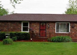 Pre Foreclosure in Columbus 47203 E COFFEY DR - Property ID: 1348933347