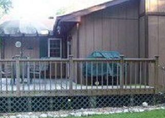 Pre Foreclosure in Olney 62450 ROSE ANN DR - Property ID: 1348943429