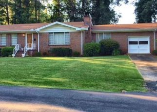 Pre Foreclosure in Bessemer 35023 FOREST CIR - Property ID: 1349089716