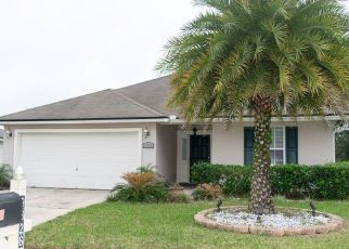Pre Foreclosure in Jacksonville 32244 DANIELS MILL DR - Property ID: 1349138321