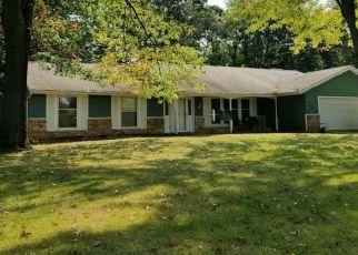 Pre Foreclosure in Huntington 46750 N 580 W - Property ID: 1349277157