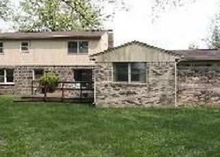 Pre Foreclosure in Indianapolis 46260 WOODMERE DR - Property ID: 1349332797