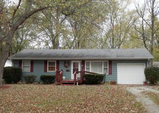 Pre Foreclosure in Danville 61832 E WINTER AVE - Property ID: 1349430456