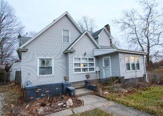 Pre Foreclosure in Danville 61832 LAKE ST - Property ID: 1349431330