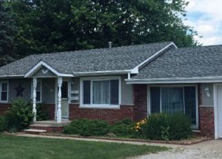 Pre Foreclosure in Westville 61883 CAROL DR - Property ID: 1349436590