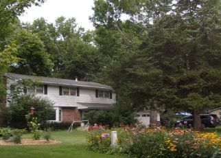 Pre Foreclosure in Eden Prairie 55347 CEDAR FOREST RD - Property ID: 1349621860