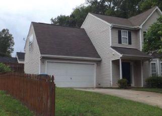 Pre Foreclosure in Greensboro 27405 LANDERWOOD DR - Property ID: 1349653378