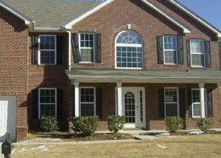 Pre Foreclosure in Fairburn 30213 BUCKINGHAM TER - Property ID: 1349797474