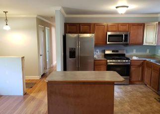 Pre Foreclosure in Charleston 29412 HONEYSUCKLE LN - Property ID: 1350124646