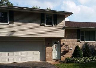 Pre Foreclosure in York 17404 SHERRY DR - Property ID: 1350908622