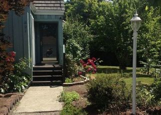 Pre Foreclosure in Puyallup 98371 19TH AVE SW - Property ID: 1351062342