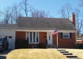 Pre Foreclosure in Woodbridge 22191 GRAYSON RD - Property ID: 1351152123