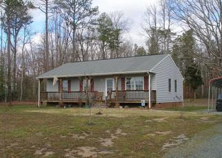 Pre Foreclosure in Dunnsville 22454 CHEANEYS BRIDGE RD - Property ID: 1351218258