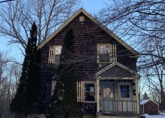 Pre Foreclosure in Gardiner 04345 CHESTNUT ST - Property ID: 1351307617