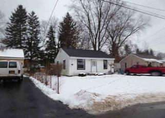 Pre Foreclosure in Chittenango 13037 MANOR DR - Property ID: 1351383382
