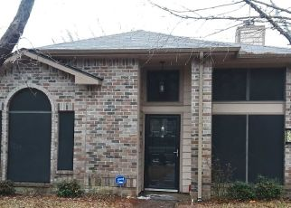 Pre Foreclosure in Mesquite 75149 OXBOW ST - Property ID: 1351460465