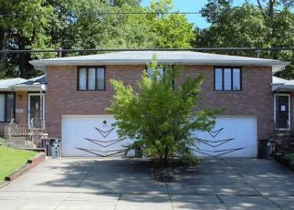 Pre Foreclosure in Akron 44313 LIBERTY DR - Property ID: 1351603689