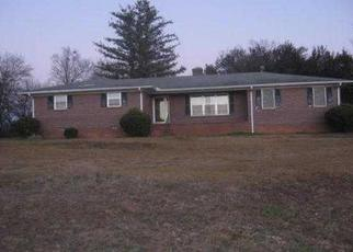 Pre Foreclosure in Spartanburg 29307 COWPENS CLIFTON RD - Property ID: 1351651870
