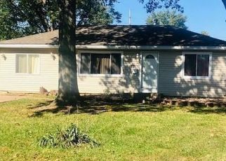 Pre Foreclosure in Millstadt 62260 E MADISON ST - Property ID: 1352348684