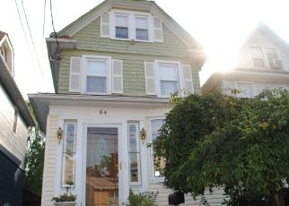 Pre Foreclosure in Staten Island 10314 WATCHOGUE RD - Property ID: 1352371898