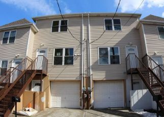 Pre Foreclosure in Staten Island 10302 NEWARK AVE - Property ID: 1352391598