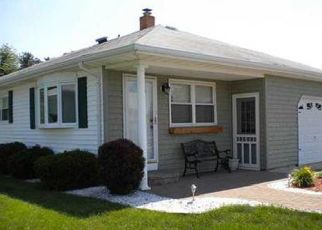 Pre Foreclosure in Toms River 08757 BIABOU DR - Property ID: 1352678470