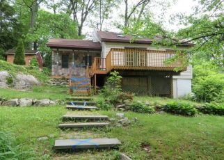 Pre Foreclosure in Hewitt 07421 PATERSON RD - Property ID: 1352739795