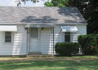 Pre Foreclosure in Fort Wayne 46819 WINCHESTER RD - Property ID: 1353036291