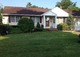 Pre Foreclosure in Huntington Station 11746 ASHTREE PL - Property ID: 1353154104