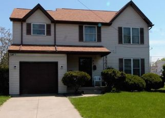 Pre Foreclosure in Buffalo 14204 MORTIMER ST - Property ID: 1353176891
