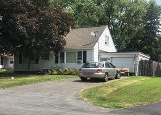 Pre Foreclosure in Liverpool 13088 BARTLETT AVE - Property ID: 1353211933