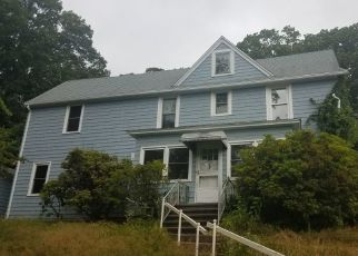Pre Foreclosure in Fairfield 06825 WILSON ST - Property ID: 1353323614