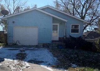 Pre Foreclosure in Lincoln 68521 GROVELAND ST - Property ID: 1353786996