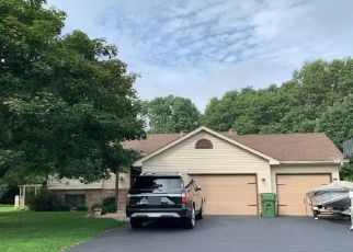 Pre Foreclosure in Andover 55304 JAY ST NW - Property ID: 1353997653