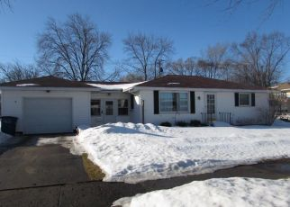 Pre Foreclosure in Muskegon 49441 W BROADWAY AVE - Property ID: 1354049325