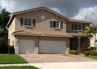 Pre Foreclosure in Miami 33169 NW 204TH ST - Property ID: 1354074289