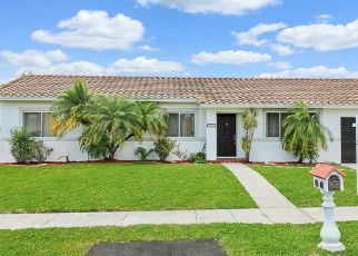 Pre Foreclosure in Miami 33157 SW 100TH AVE - Property ID: 1354105838