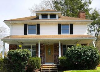 Pre Foreclosure in Auburn 01501 ROCKLAND RD - Property ID: 1354414153