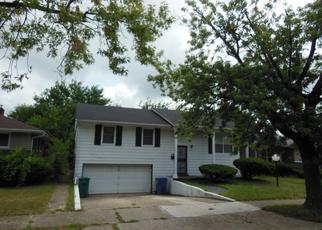 Pre Foreclosure in Gary 46407 MADISON ST - Property ID: 1354561767