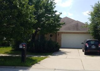 Pre Foreclosure in Tinley Park 60487 ALMOND LN - Property ID: 1355004105