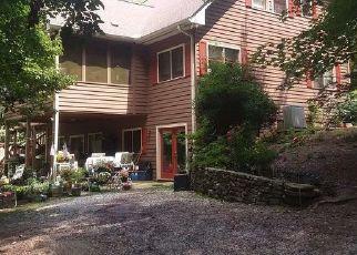 Pre Foreclosure in Clarkesville 30523 WILDERNESS END - Property ID: 1355204257