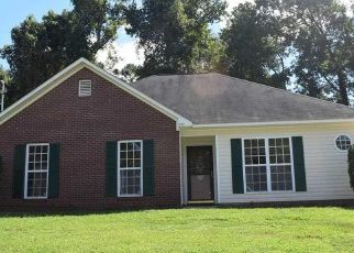 Pre Foreclosure in Opelika 36804 EDMON AVE - Property ID: 1355911152