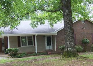 Pre Foreclosure in Cottondale 35453 NICOL HILL DR - Property ID: 1355922995