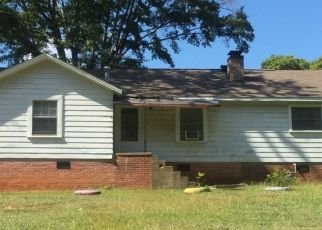 Pre Foreclosure in Alexander City 35010 TRUSSELL RD - Property ID: 1355930426