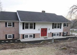 Pre Foreclosure in York 17403 FIESTA DR - Property ID: 1355996561