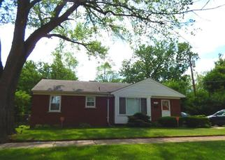 Pre Foreclosure in Dearborn Heights 48127 COLONIAL ST - Property ID: 1356067516