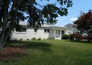 Pre Foreclosure in Virginia Beach 23462 GAINSBOROUGH RD - Property ID: 1356263283