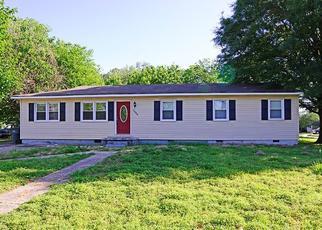 Pre Foreclosure in Norfolk 23502 BRINDA AVE - Property ID: 1356440671